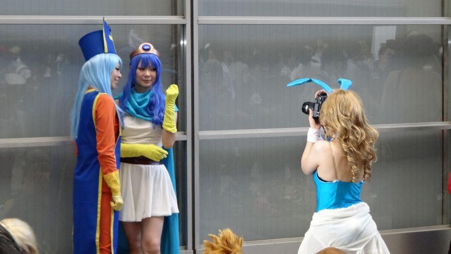 E cosplayer que tira foto de cosplayer? Você já viu?