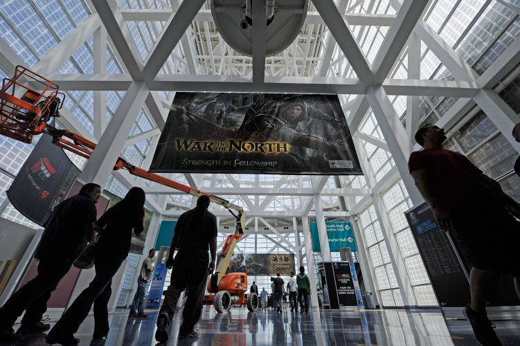 Cartaz gigante de novo game da série