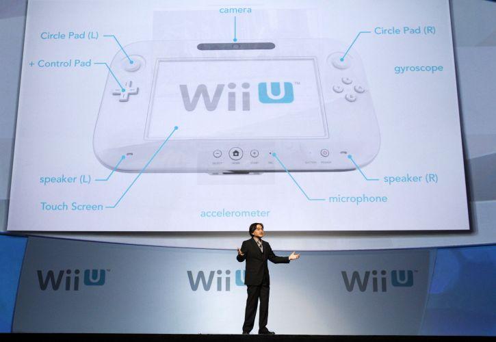 Satoru Iwata, presidente global da Nintendo, fala sobre o controle do Wii U, que apresenta uma tela de toque