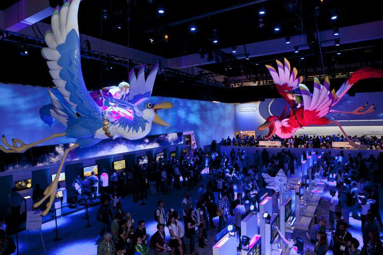 Estande da Nintendo contou com Link e Zelda voando nos pássaros gigantes de