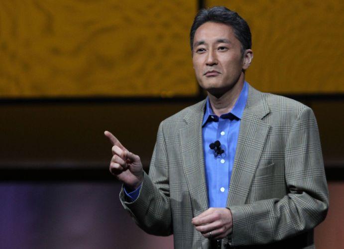 Kaz Hirai, presidente global da Sony, comenta sobre o PS Vita na conferência pré-E3 da empresa