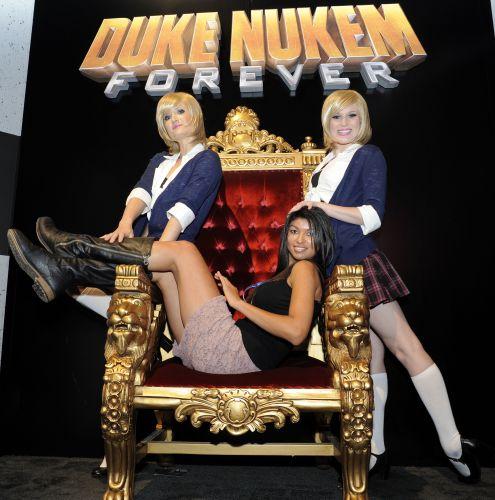 Até as garotas querem estar no lugar do Duke, por que não?